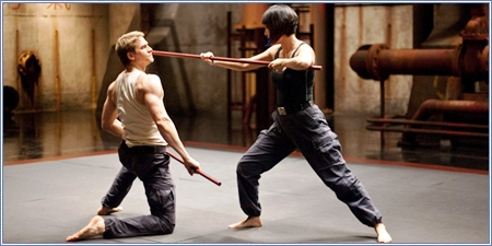 Charlie Hunnam y Rinko Kikuchi