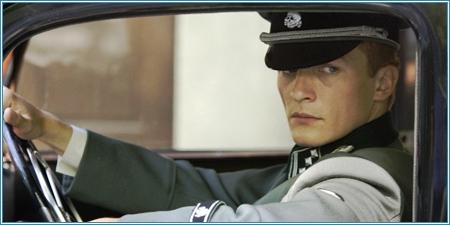 Rupert Friend es el teniente Kotler