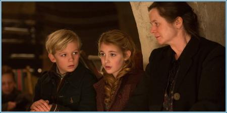 Nico Liersch, Sophie Nélisse y Emily Watson