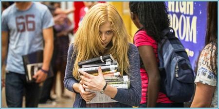 Chloë Grace Moretz es Carrie White