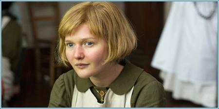 Sophie Kennedy Clark es la joven Philomena