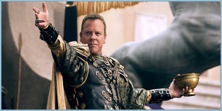 Kiefer Sutherland es el senador Corvus