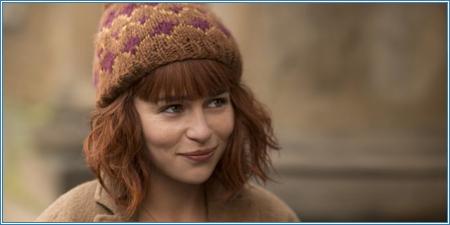 Emilia Clarke es Evelyn