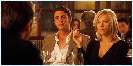 Matthew Goode y Scarlett Johansson