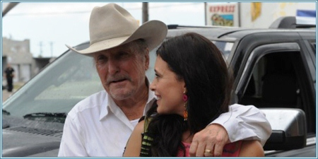 Robert Duvall y Angie Cepeda