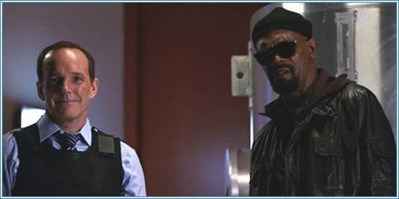 El agente Coulson y el director Furia