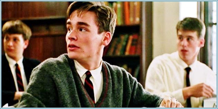 Robert Sean Leonard es Neil