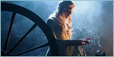 Elle Fanning es la princesa Aurora