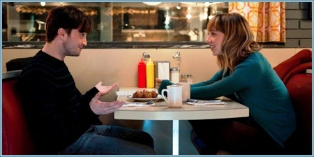 Daniel Radcliffe y Zoe Kazan son Wallace y Chantry