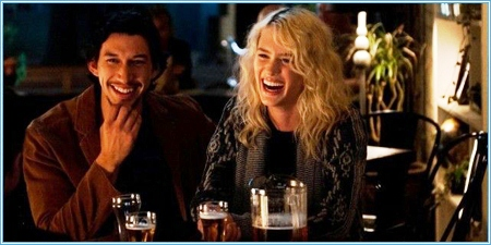 Adam Driver y Mackenzie Davis son Allan y Nicole