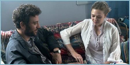 Josh Radnor y Elizabeth Olsen