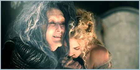Meryl Streep y MacKenzie Mauzy son la bruja y Rapunzel