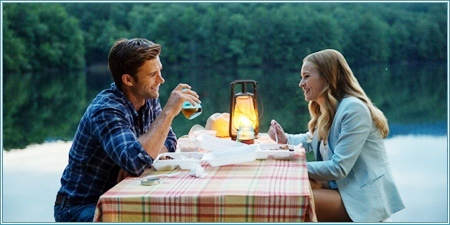 Scott Eastwood y Britt Robertson