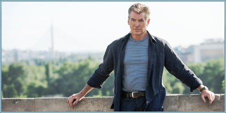 Pierce Brosnan es Peter Devereaux