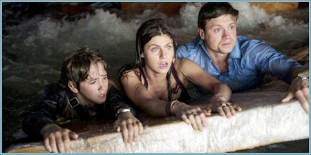 Art Parkinson, Alexandra Daddario y Hugo Johnstone-Burt