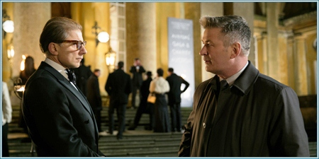 Simon McBurney y Alec Baldwin