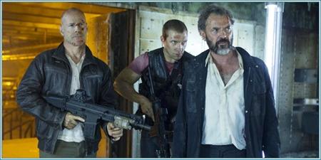 Bruce Willis, Jai Courtney y Sebastian Koch