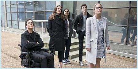 Wells, Caitlin, Cisco, Barry y Felicity