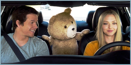 Mark Wahlberg, Ted y Amanda Seyfried