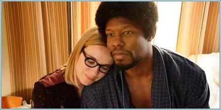 Claire van der Boom y Korey Jackson