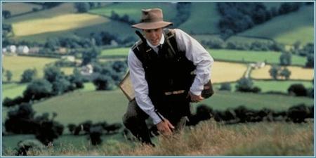 Hugh Grant es Reginald Anson
