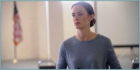 Emily Blunt es Kate Macer