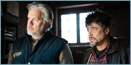 Tim Robbins y Benicio del Toro