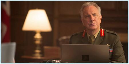 Alan Rickman es el Teniente General Frank Benson