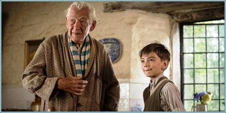 Ian McKellen y Milo Parker
