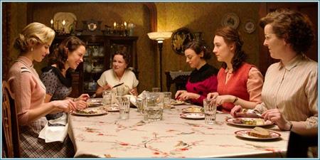 Emily Bett Rickards, Eve Macklin, Julie Walters, Nora-Jane Noone, Saoirse Ronan y Mary O'Driscoll