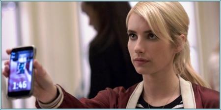 Emma Roberts es Vee Delmonico