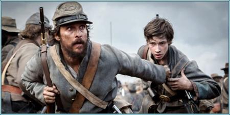 Matthew McConaughey y Jacob Lofland
