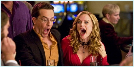 Ed Helms y Heather Graham