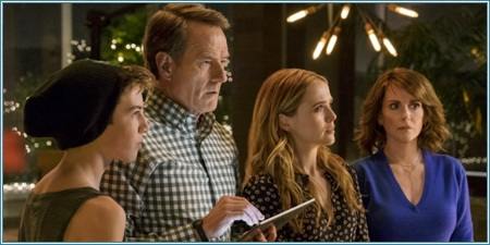 Griffin Gluck, Bryan Cranston, Zoey Deutch y Megan Mullally