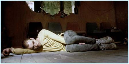 Ewan McGregor es Mark Renton