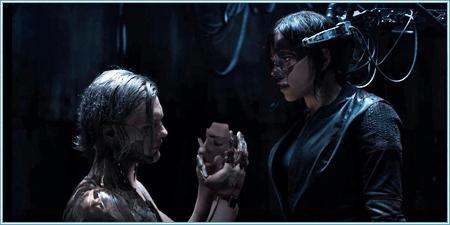 Michael Pitt y Scarlett Johansson