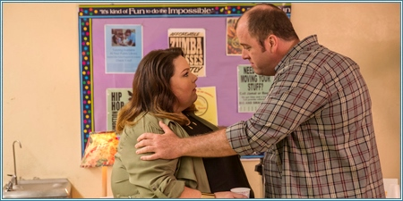 Chrissy Metz y Chris Sullivan