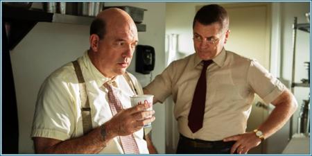 John Carroll Lynch y Nick Offerman son Mac y Dick McDonald
